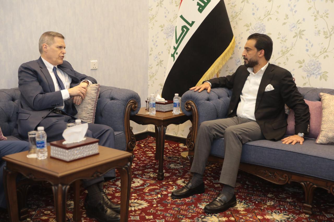 السفير الامريكي ينفي للحلبوسي مسؤولية واشنطن عن الخروقات العسكرية للاجواء العراقية