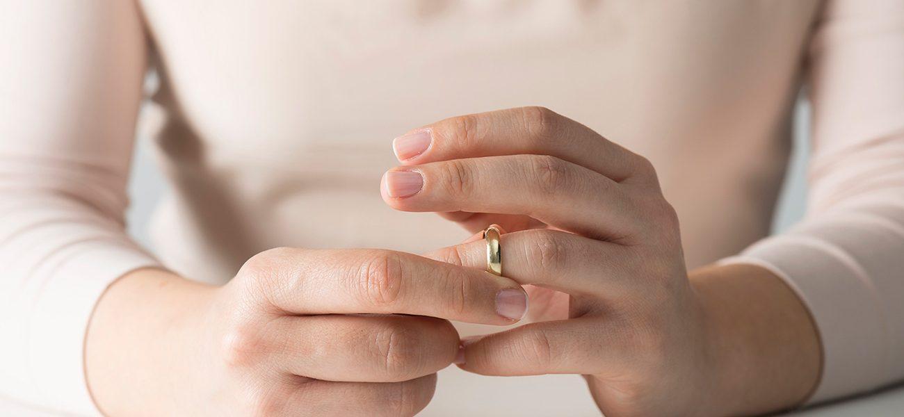 تعرف على عدد حالات الزواج والطلاق في النصف الاول من 2019