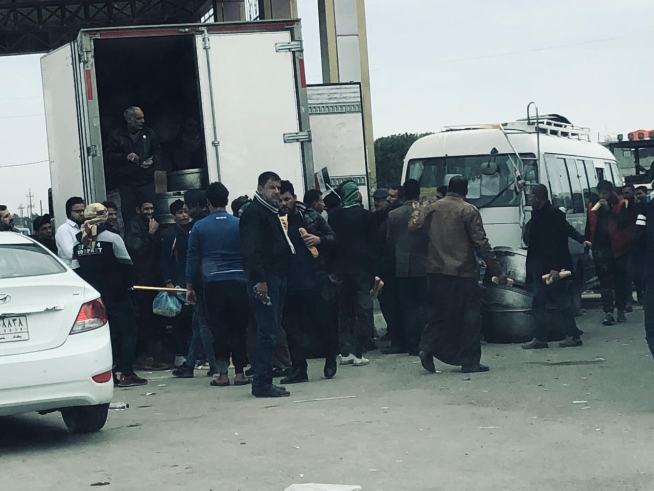 بالصور ..  مقتربات جسر الطابقين وسط بغداد الآن
