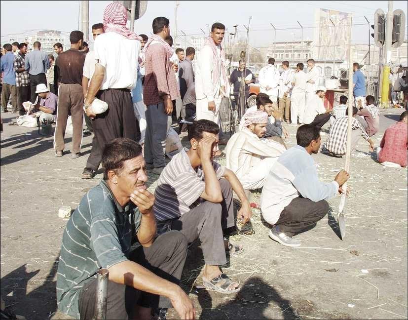 اقتصادي: التنافس الخليجي على السوق العراقية سيوفر فرص عمل كبيرة للعاطلين