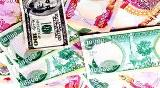 Political and security problems in the country behind the low exchange rate of the Iraqi dinar against the dollar