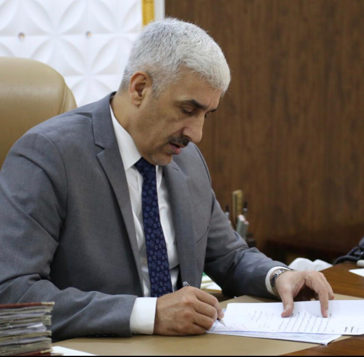 وزير الشباب يتبرع براتبه الشهري وامتيازاته لدعم إجراءات الوقاية من فيروس كورونا