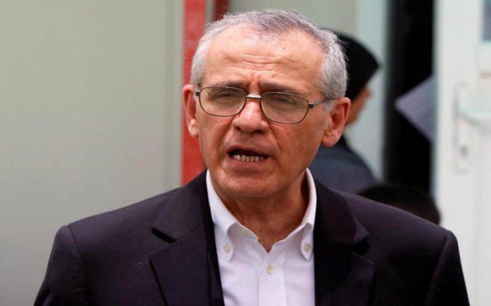 نصيف: هناك مساومات قد تدفع وزير الصحة للإستقالة