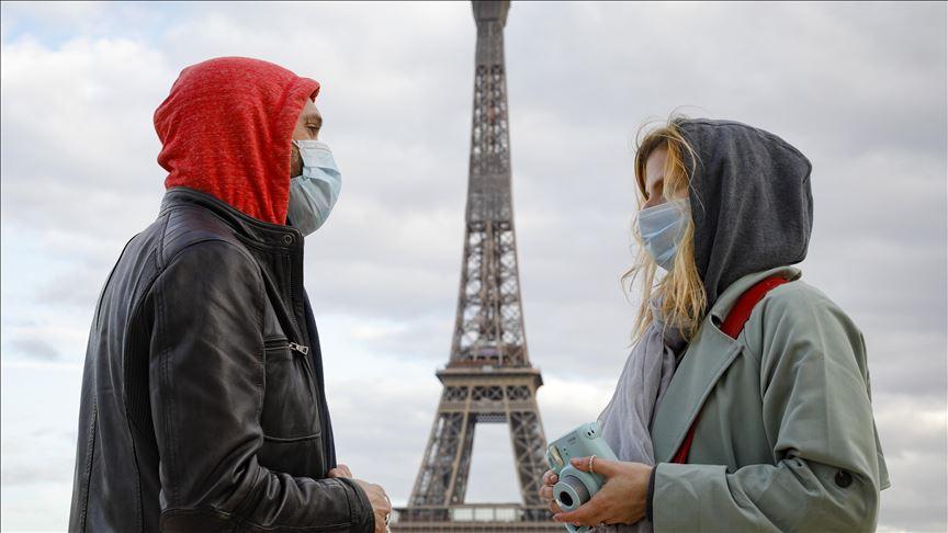 بينهم فتاة بعمر 16 عاماً ..  فرنسا تعلن عن 365 وفاة جديدة بكورونا