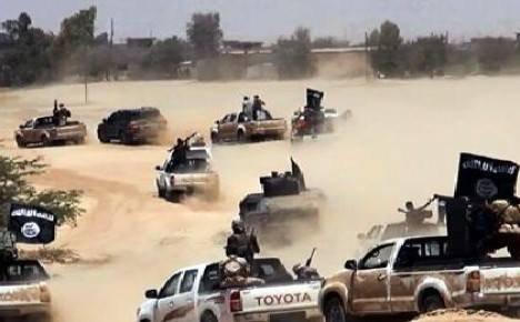 فرار جماعي لعصابات داعش الارهابية  في عملية اقتحام مركز القيارة
