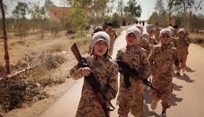 أطفال داعش.. جواسيس وجلادون وسيافون