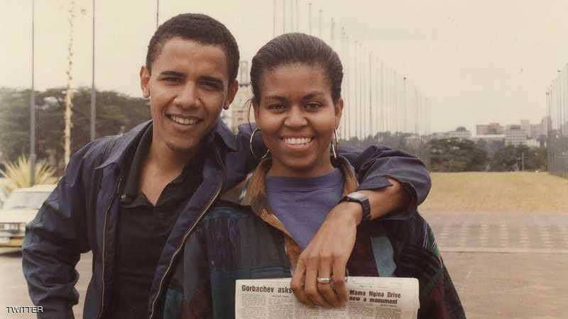 شاهد .. أوباما يشارك صورة مع ميشيل مذ أن كانت خطيبته