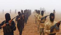 """«داعش» يعدم 13 ضابطا ويقتل شيخ عشيرة """"البوحمدون"""" ويصيب زوجته في الموصل"""