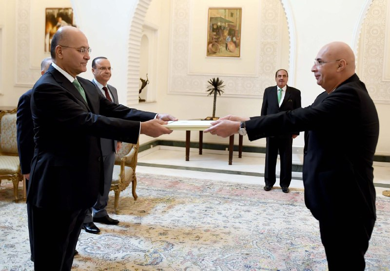 رئيس الجمهورية يتسلم اوراق اعتماد السفير الجورجي الجديد لدى العراق