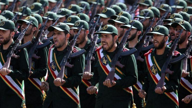 قائد الحرس الثوري يعلنها: قواتنا باقية في سوريا