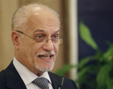 Shahristani-we will take action in the event of oil has been exported outside the framework of Sumo