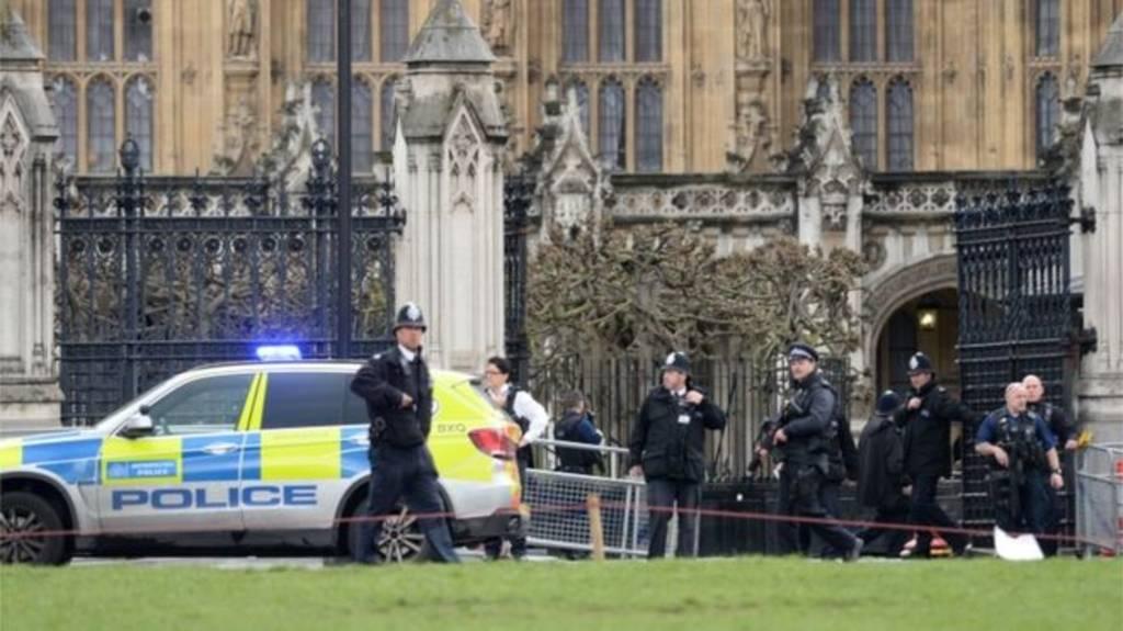 معصوم يدين الهجوم على البرلمان البريطاني ويؤكد ضرورة تعزيز التعاون في مكافحة الارهاب