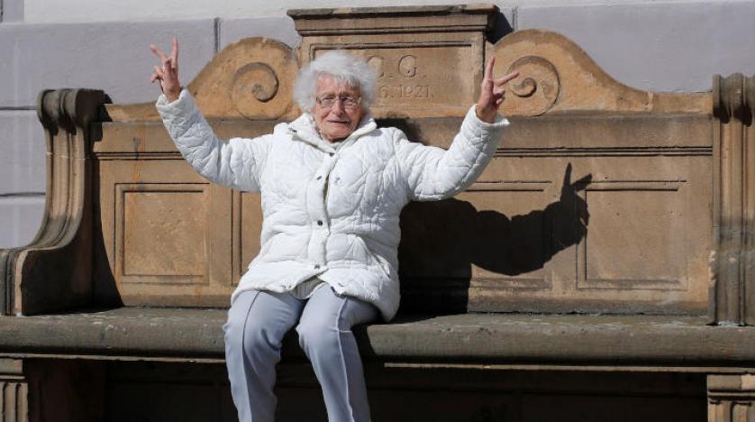 معمرة تبلغ 100 عام تفوز بعضوية مجلس محلي في ألمانيا