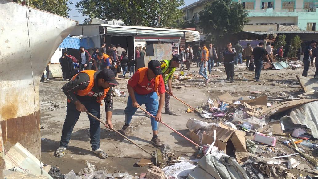 رفع التجاوزات بالكامل من سوق باب المعظم والمباشرة بحملة لتنظيف الشارع
