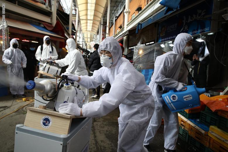 بريطانيا تسجل ارتفاعا قياسيا جديدا للإصابات اليومية بكورونا