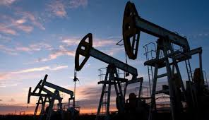 أسعار النفط تسجل ارتفاعا عند 66 دولار للبرميل الواحد