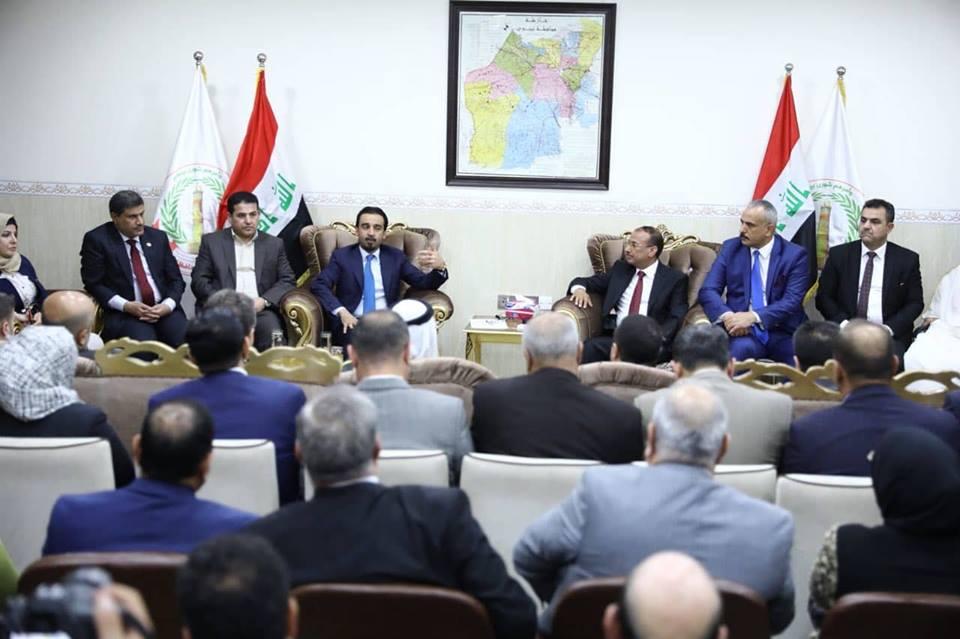 رئيس البرلمان يعقد اجتماعا مع أعضاء مجلس نينوى لبحث إنهاء ملف النازحين