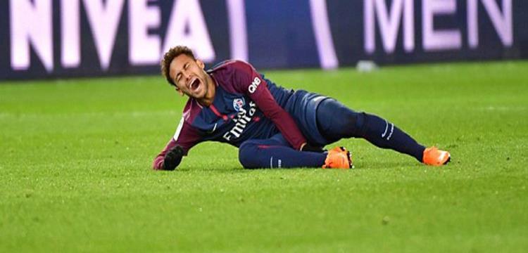 """برشلونة يبحث """"اصابة"""" نيمار"""