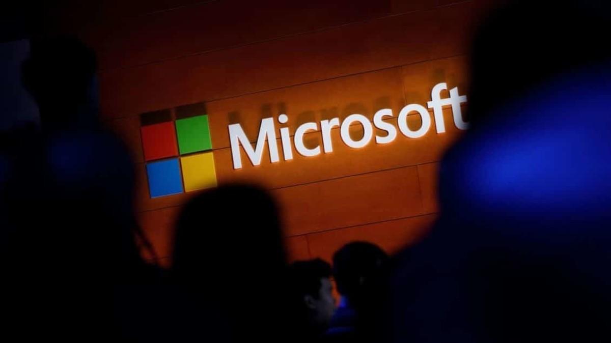 """مفاجأة.. تطبيق """"إخباري"""" جديد من مايكروسوفت"""