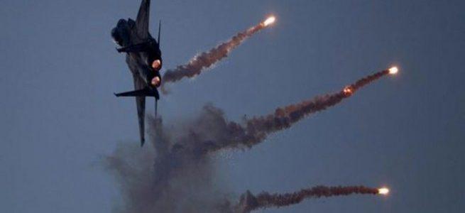 طيران القوة الجوية يدمر أهدافا لعصابات داعش الارهابية في مدينة الموصل