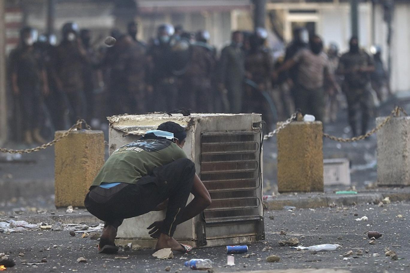 لماذا تحتاج إيران إلى قاسم سليماني في العراق ولا تحتاج إليه في لبنان؟
