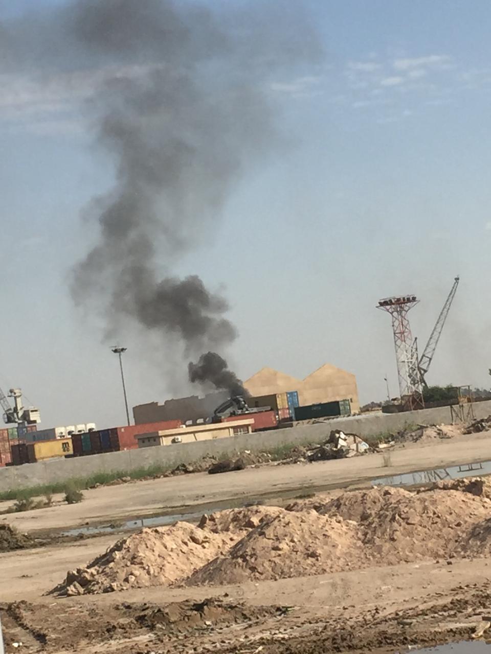 الدفاع المدني: نشوب حريق في احد ارصفة ميناء المعقل