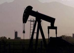 تراجع النفط وسط القلق من وفرة الانتاج