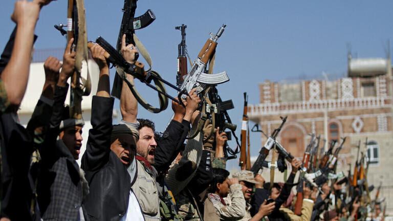 السعودية: إصابة 5 أشخاص جراء سقوط قذيفة جنوب المملكة