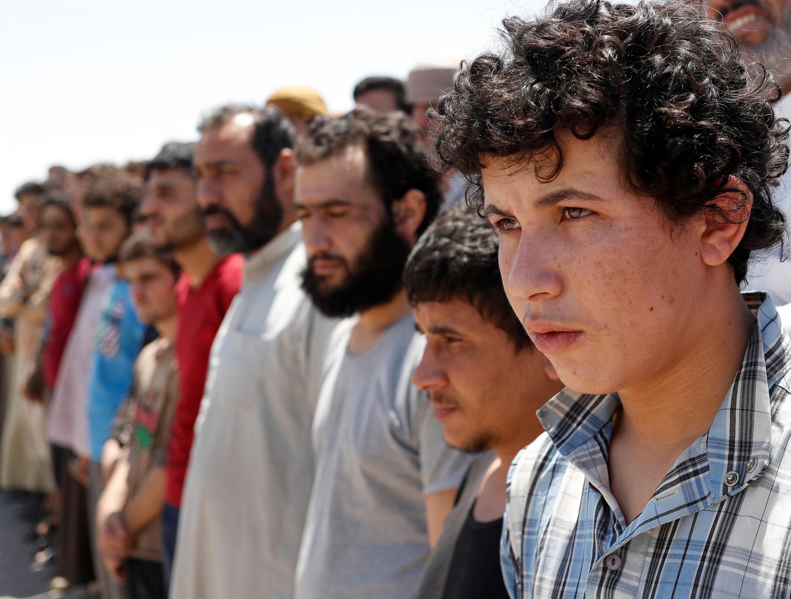 وزير الداخلية يكشف عن اعداد المعتقلين الدواعش