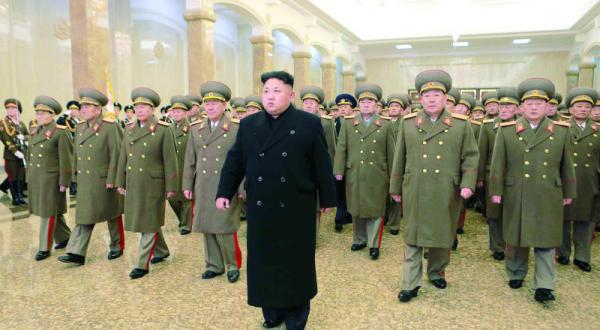 شاهد مقاطع من الفيلم ..  «سوني» تتحدى كوريا الشمالية وتعرض فيلم «المقابلة»