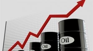 أسعار النفط تقفز إلى ذروتها بعد الضغط الأمريكي على إيران