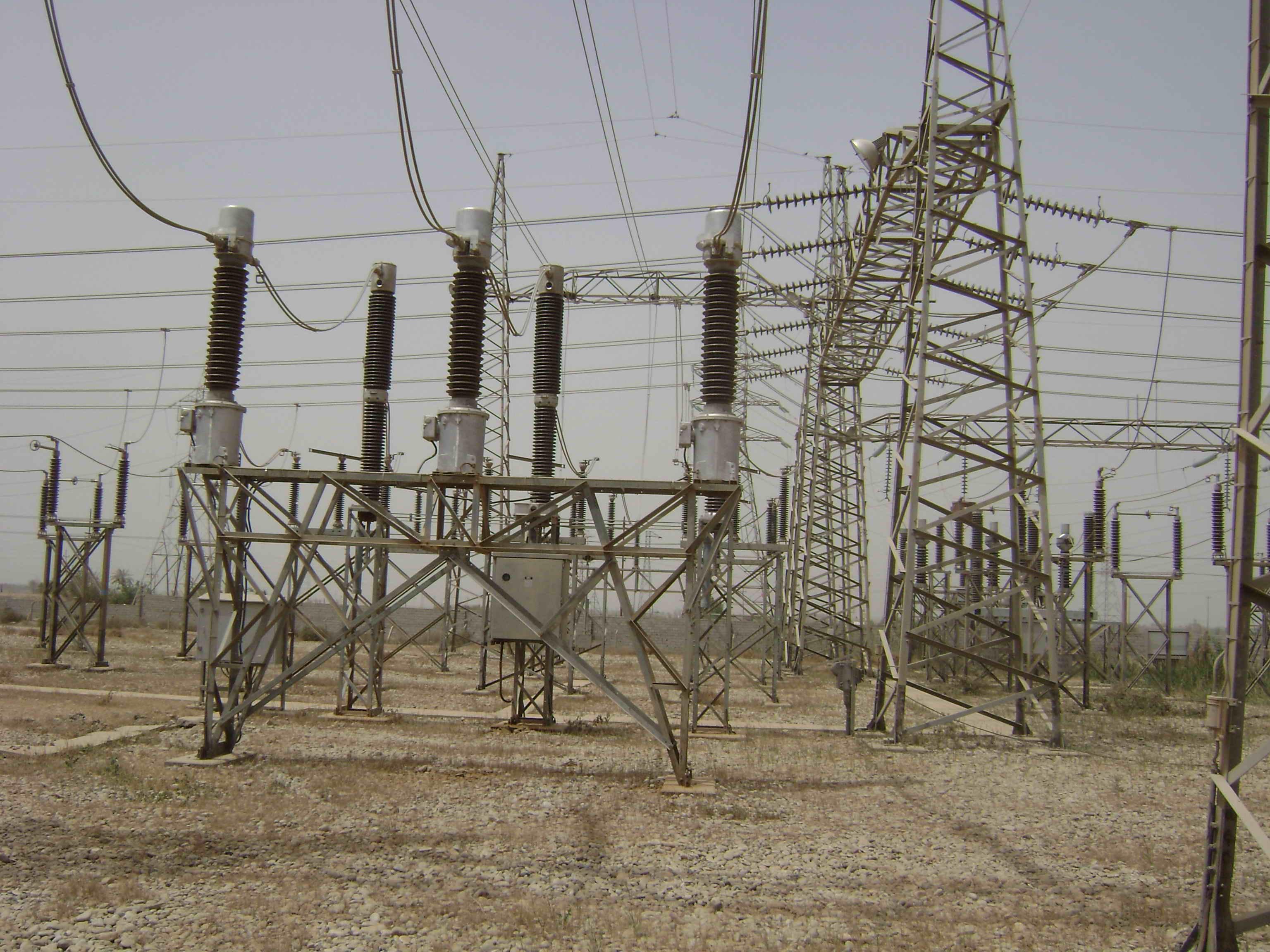 انقطاع تام للطاقة في محافظات كركوك ونينوى وجزء من صلاح الدين بسبب سوء الاحوال الجوية