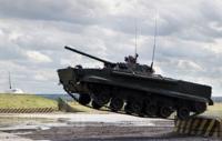 الامن والدفاع : مفاوضات يقوم بها العراق مع عدد من الدول لشراء اسلحة بالاجل