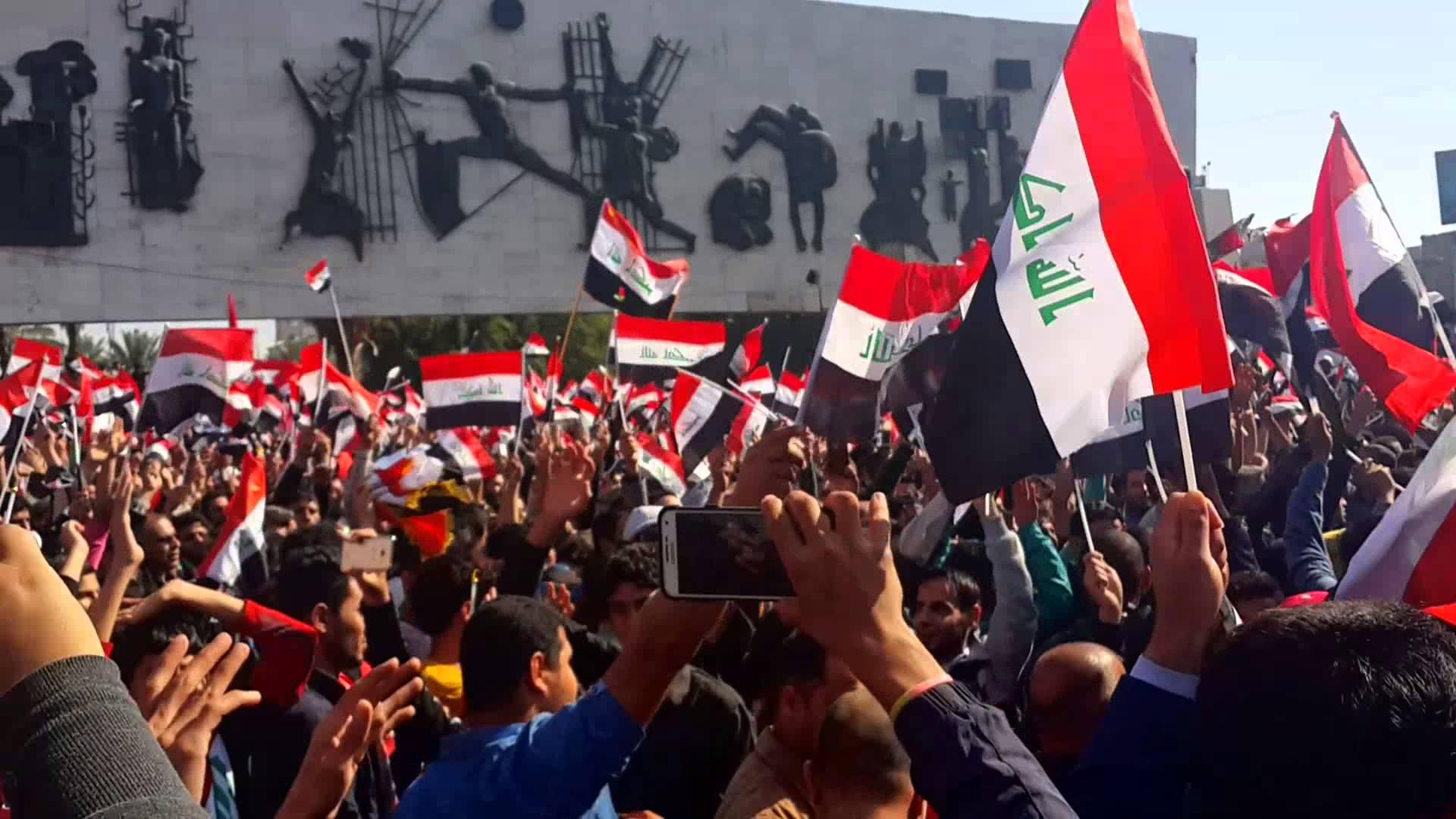 زعيم الجماعة الاسلامية الكردية يدعو المتظاهرين الى الاقتداء بالتيار الصدري