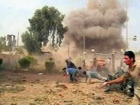 مروحيات الجيش تقصف شمال الرمادي بالبراميل المتفجرة