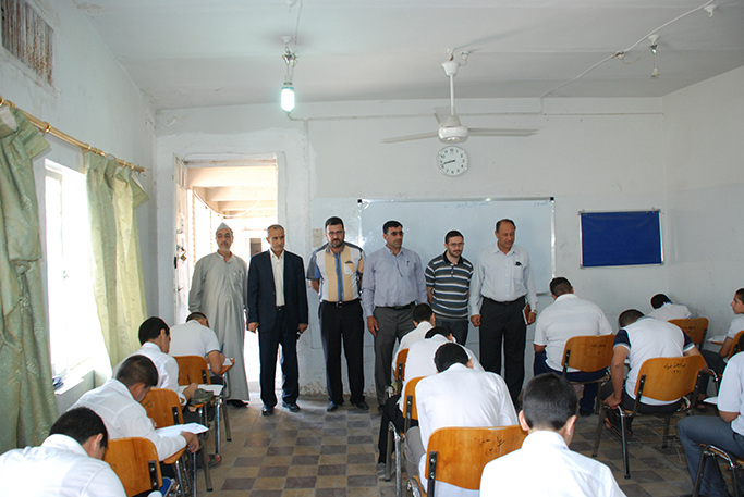 مدرسو المدارس الإسلامية في الوقف السني يشكون الارباك في آلية القبول الجديدة