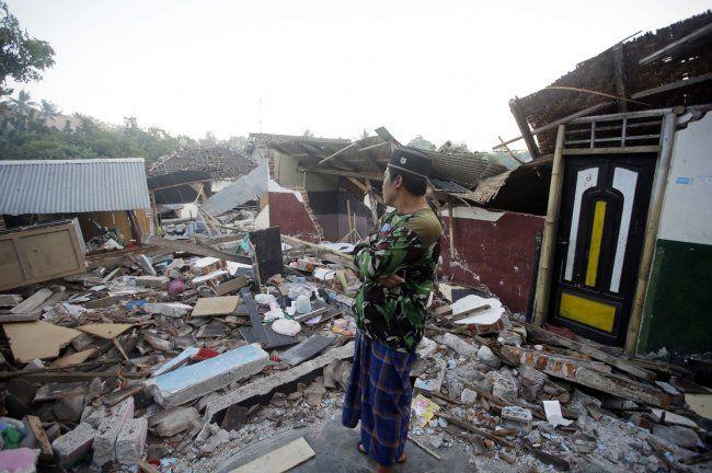زلزال بقوة 6.3 درجة يهزّ جزيرة لومبوك الإندونيسية