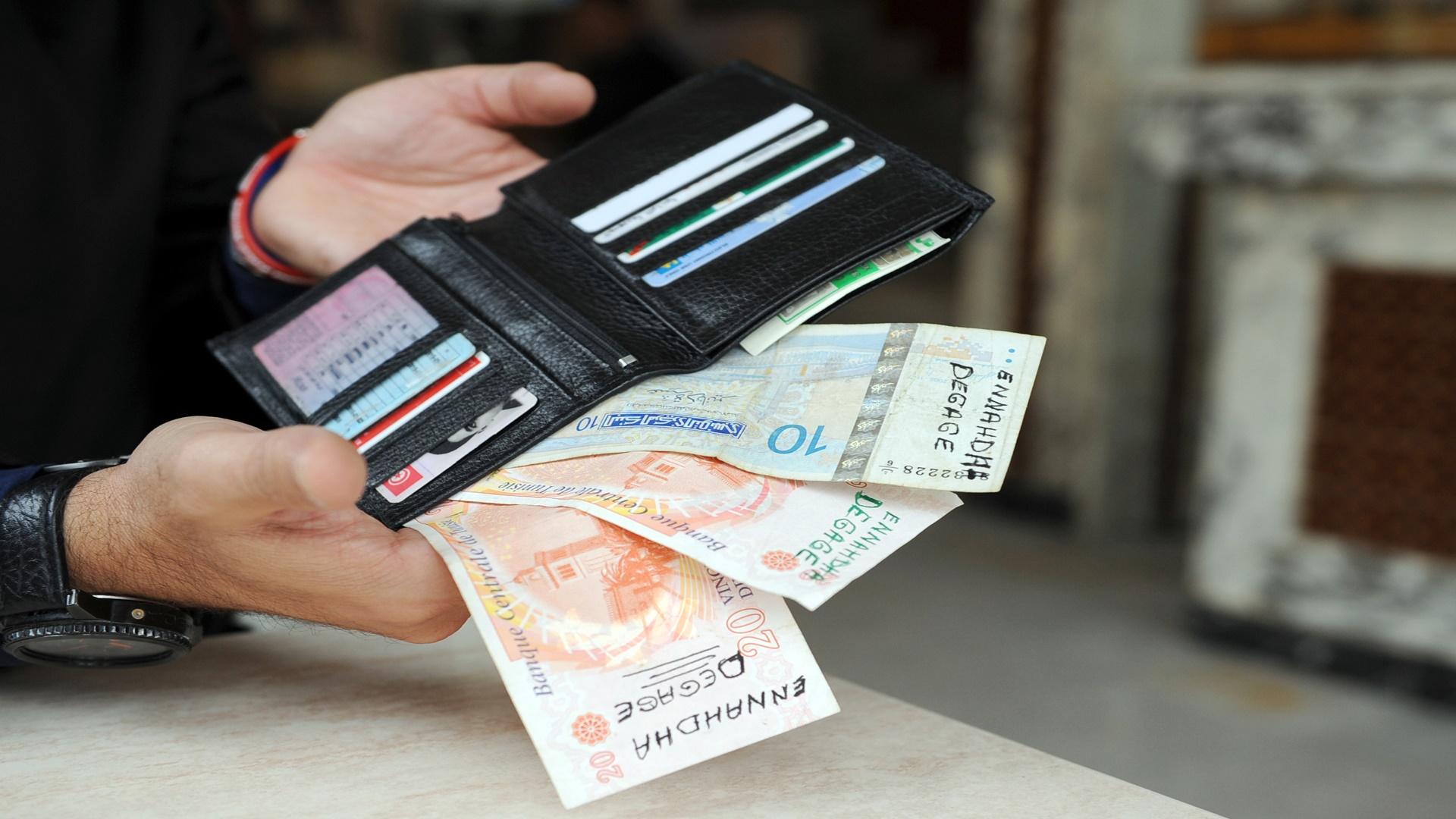 ايقاف شبكة دولية لتزوير العملات وتهريبها بين لبنان والعراق