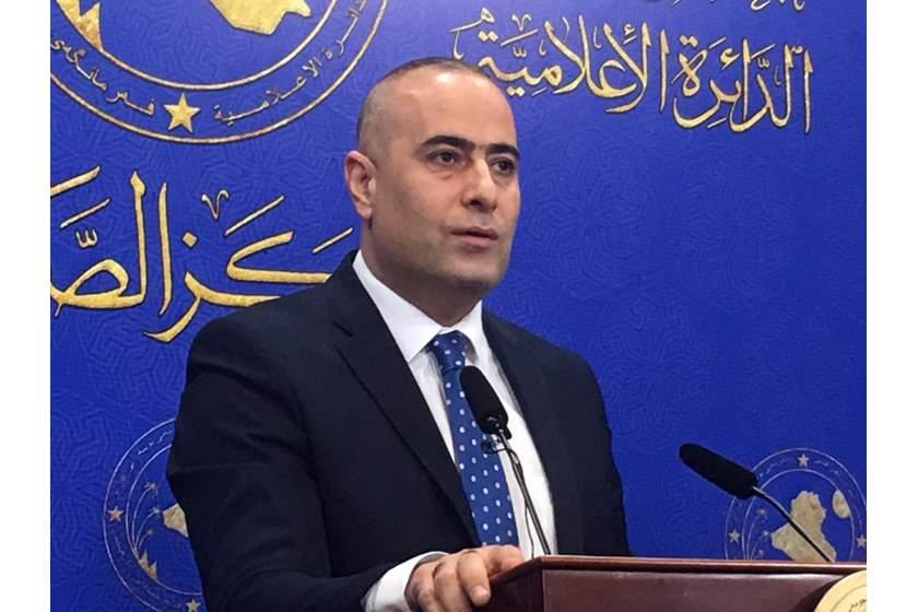 الموسوي: الدفاع المستميت عن عبد المهدي يأتي من باب النفاق السياسي والرغبة بالمكتسبات والمناصب
