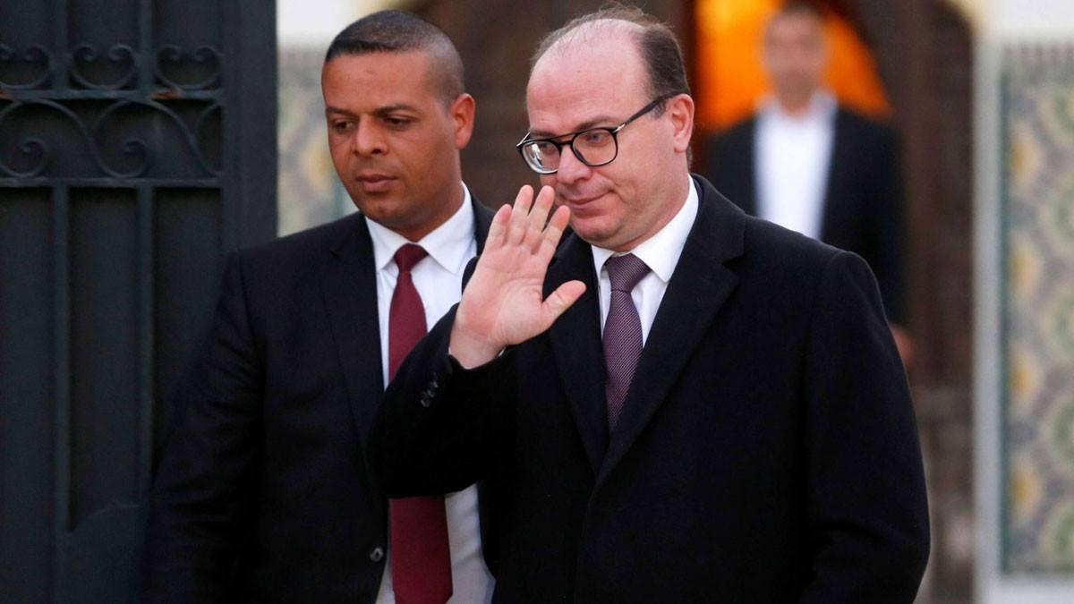 إصابة رئيس الحكومة التونسية السابق بكورونا