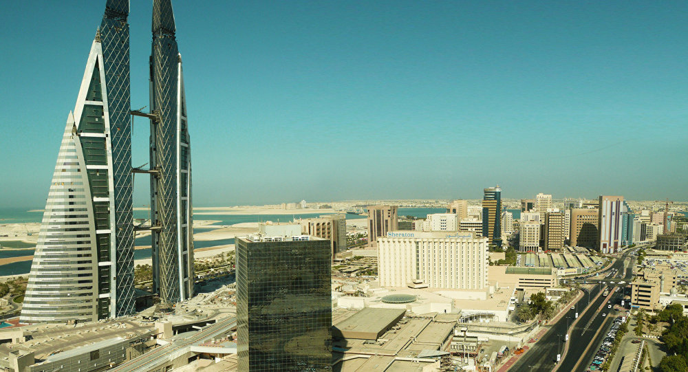 Three countries pay billions of dollars to save Bahrain from financial crisis Image