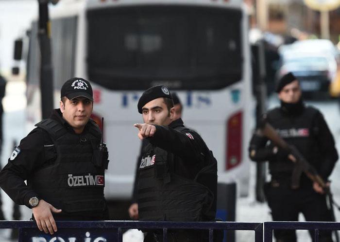 منظمة العفو الدولية تدين تركيا لفصلها عشرات الآلاف من الموظفين