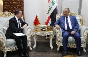 وزير الزراعة للسفير التركي: لا استيراد للدجاج والبيض