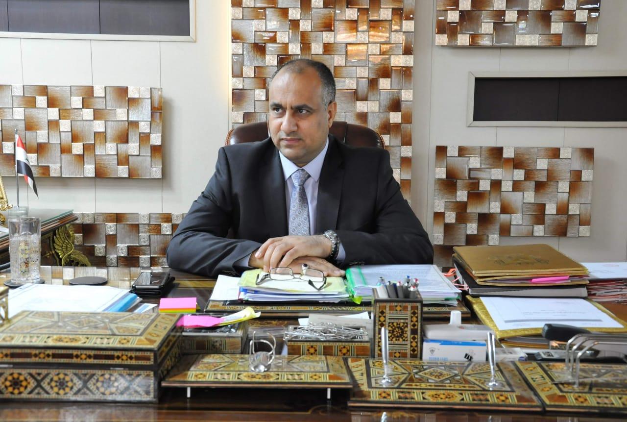 وزير الزراعة: المواد المستوردة تدخل عن طريق التهريب واستمرار منع استيراد 18 مادة