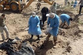 الدفاع المدني يعثر على مقبرة جماعية تضم رفات خمسة مدنيين في مدينة الموصل