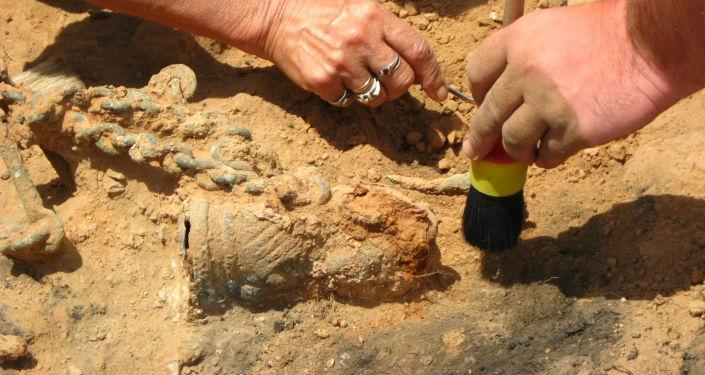 العثور على آثار حضارة مجهولة في الصحراء