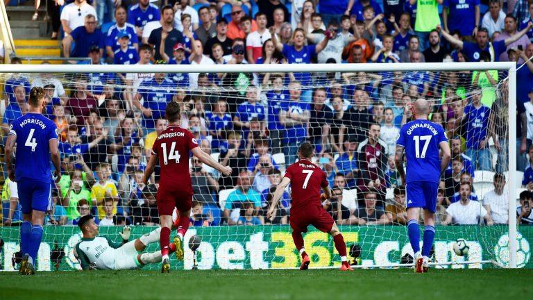 ليفربول ينتزع صدارة ترتيب الدوري الإنجليزي من مانشستر سيتي بفوزه على كارديف ستي