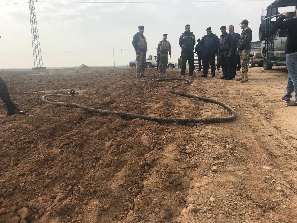 بالصور .. إحباط  محاولة لسرقة الوقود من أحد الأنابيب بين حقل جمبور الشمالي ومستودعات كركوك