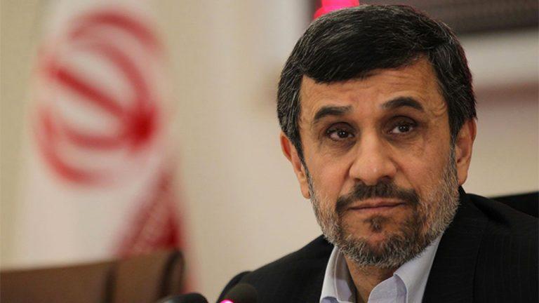 """بعد اتهامه للخميني بـ""""العمالة"""" ..  ايران تتجسس على رئيسها السابق"""
