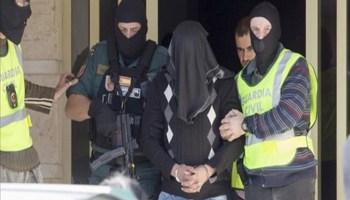اعتقال مغربي في اسبانيا يحمل كتبا عن التفجيرات الانتحارية